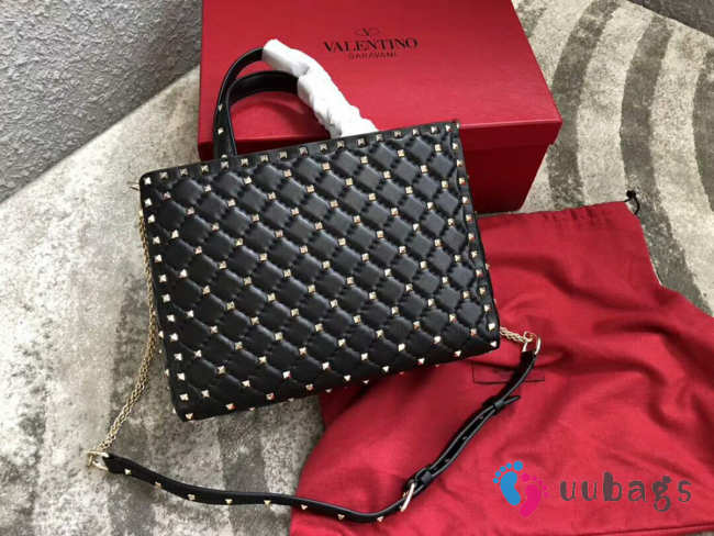 VALENTINO Candystud quilted leather tote 0061 black
