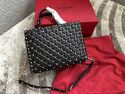 VALENTINO Candystud quilted leather tote 0061 black - 1