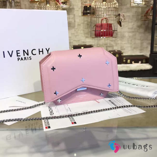 Givenchy bow cut 2090