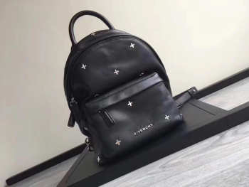 Givenchy backpack 2076