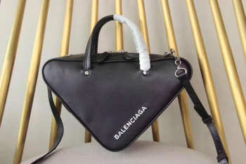Balenciaga Triangle shoulder bag 5429