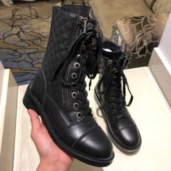 Chanel boots black P290