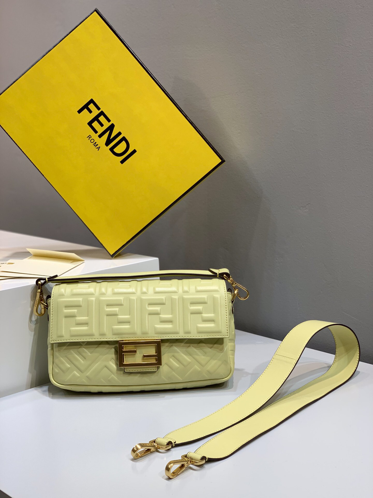 2019 Fendi bag BAGUETTE pale yellow