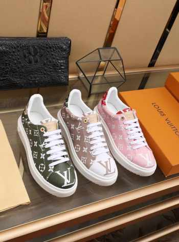 LV sneakers shoes