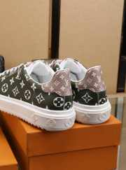 LV sneakers shoes - 6