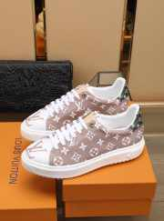 LV sneakers shoes - 4