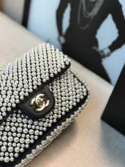 Chanel Flap bag with Imitation Pearls - 5