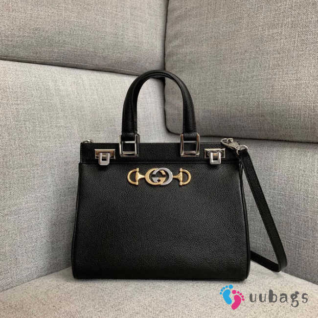 Gucci Zumi grainy leather small top handle bag Black