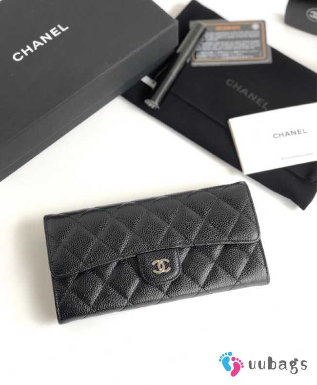 Chanel Wallet Caviar With Silver Hardware
