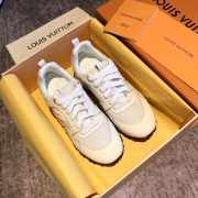 Louis Vuitton Sneakers White - 2