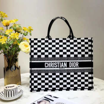 Dior BOOK TOTE BAG 001