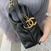 Chanel Lambskin small bowling bag black - 4