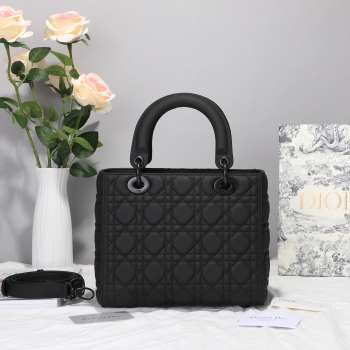 LADY DIOR BLACK ULTRA-MATTE BAG SO BLACK