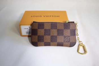 Louis Vuitton Key Holder 002