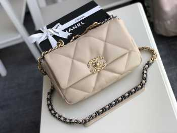 Chanel 19 Flap small Bag Beige