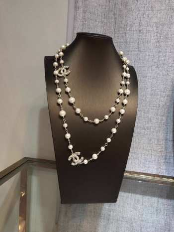 Chanel Necklace 001