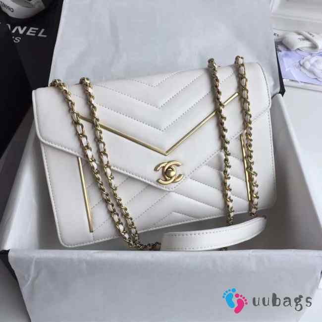 UUbags Chanel Envelope bag in White A90081
