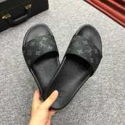 UUbags LV slippers for men - 6
