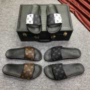 UUbags LV slippers for men - 3