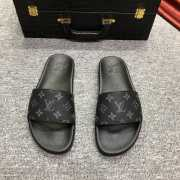 UUbags LV slippers for men - 2