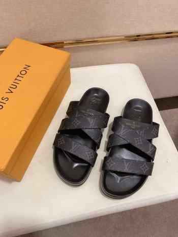 UUbags LV slippers for men 001