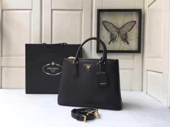 UUbags Prada Saffiano Large Tote in Black