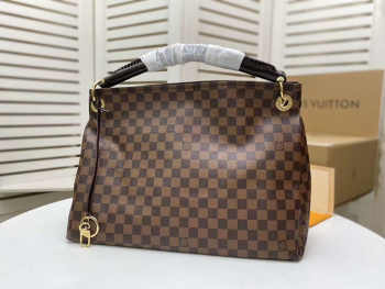 UUbags LOUIS VUITTON ARTSY BAG