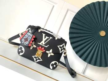 UUBags LV CRAFTY POCHETTE MÉTIS BLack