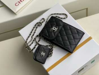 UUbags Chanel Phone and Airpods bag