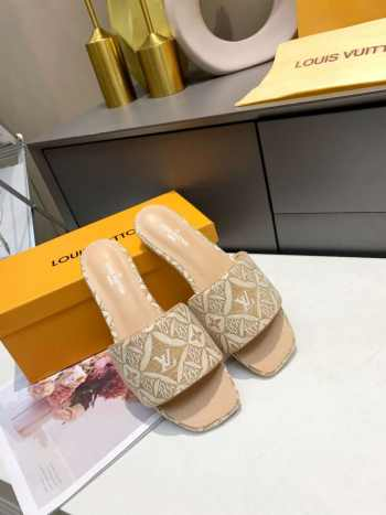 UUbags LV slippers new