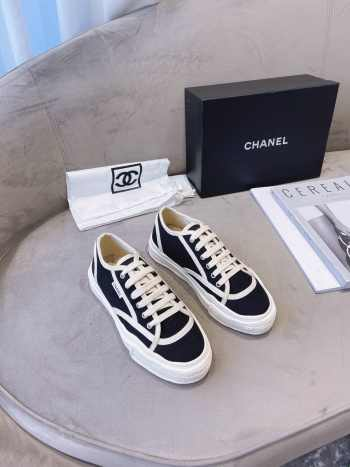 UUbags Chanel Sneakers New