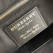 UUbags Burberry The Canter Tote - 4